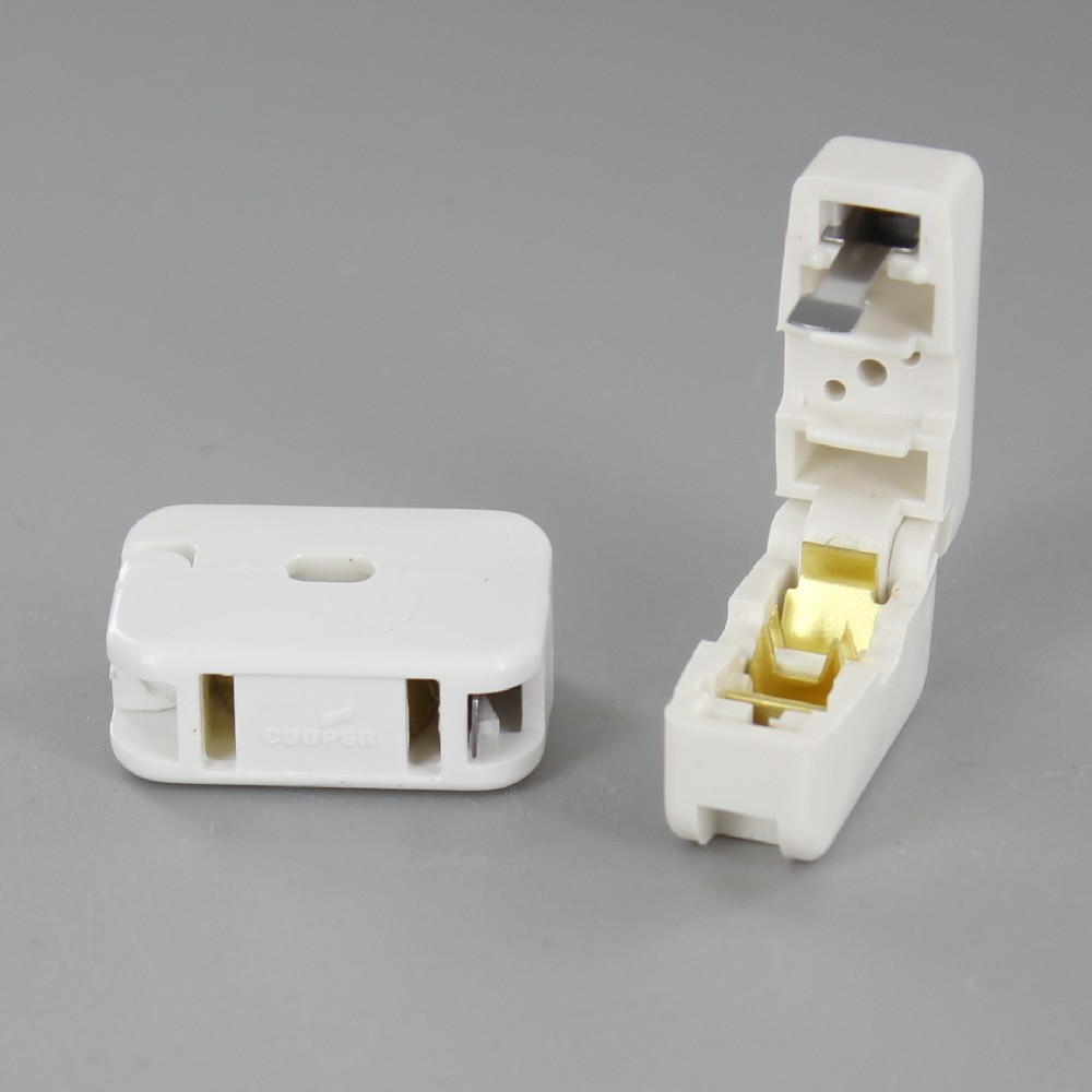 WHITE ADD-A-TAP IN LINE PASS THROUGH CLICK-ON FEMALE NON POLARIZED OUTLET